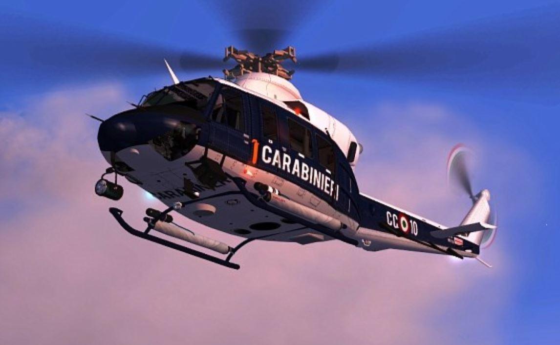 """Stamattina l'elicottero """"Fiamma"""" controlla chi esce dagli ..."""
